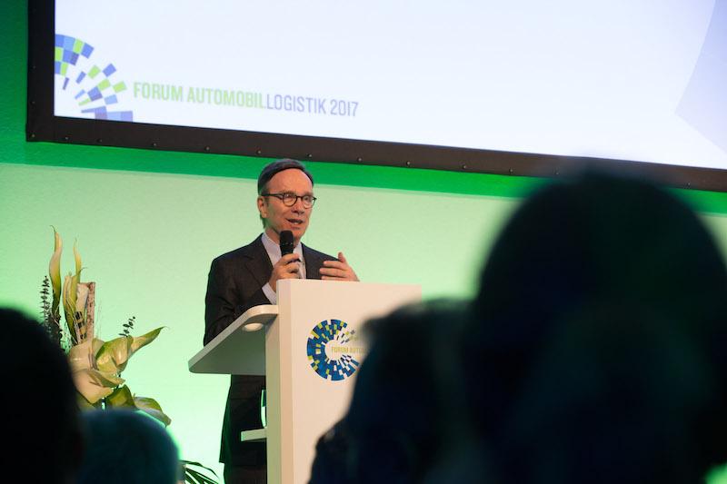 VDA-Präsident Matthias Wissmann auf dem Forum Automobillogistik 2017.