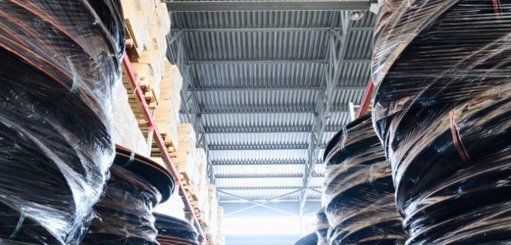 Lagerhalle Logistik Fotolia ©nordroden - stock.adobe.com